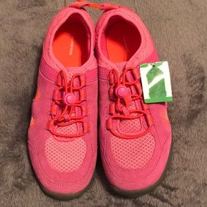 Lands' End Pink Water Shoes Size 5